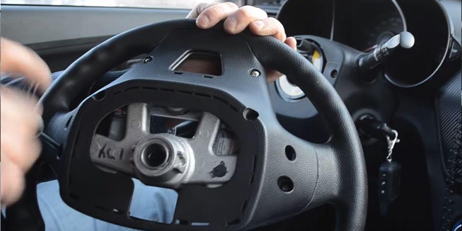 Процесс установки кнопок Kia Rio (4)