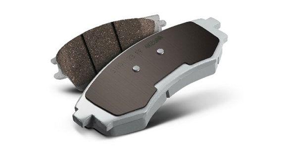 Замена тормозных колодок в Toyota Rav 4