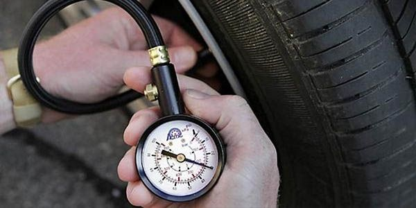Выбираем автомобильный компрессор для накачки шин