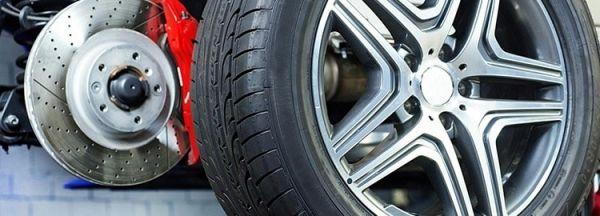 Инструкция как поменять колесо на машине