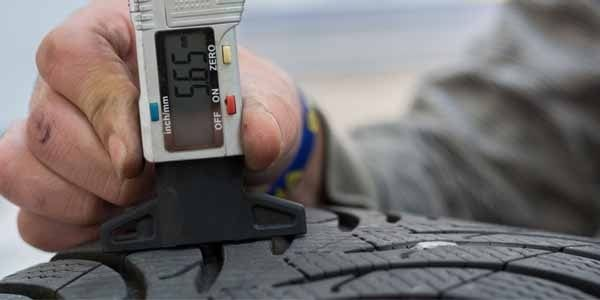 Высота протектора зимней шины, какая должна быть и чем измерить