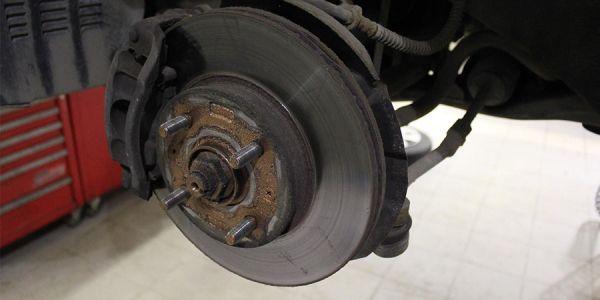 Замена передних и задних тормозных дисков KIA RIO
