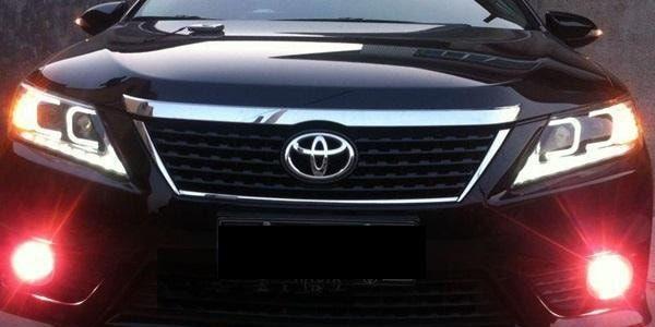 Отрегулировать фары на Toyota Camry