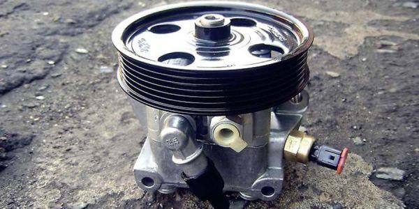 Замена жидкости в ГУР в Форд Фокус 2