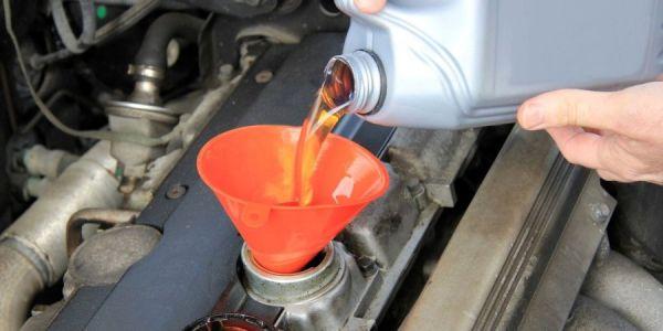 Замена моторного масла и фильтра в Renault Logan