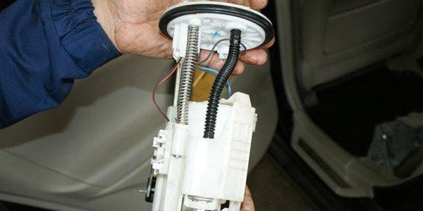 Замена топливного фильтра Toyota